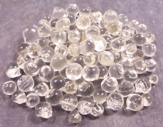 VINTAGE Buttons CLEAR Glass Ball Round Large Lot One Hundred (100) Buttons Crystal Clear Glass Buttons Button Destash (Y185)