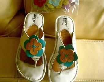 Vintage Born White Flower Change Sandals