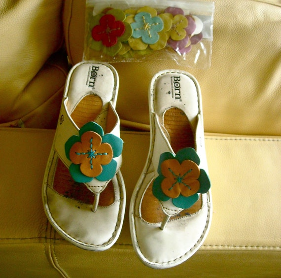 Vintage Born White Flower Change Sandals