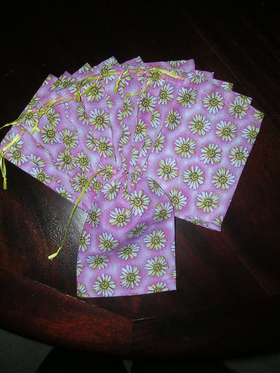 Garden gift seed herb pouches Don't eat the daisies  drawstring decorator fabric 4 x 6 bags one dozen