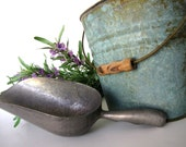 Metal Scoop Farmhouse Rustic Vintage from AllieEtCie