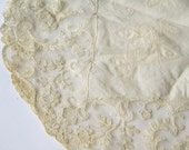 4 vintage large center piece doilles lace crochet and embroidery