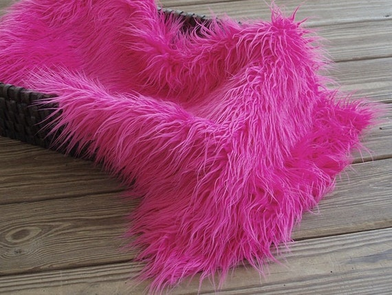 """Fuchsia Pink Newborn Baby Girl 3"""" Pile Faux Fur Blanket, Great for photo prop"""