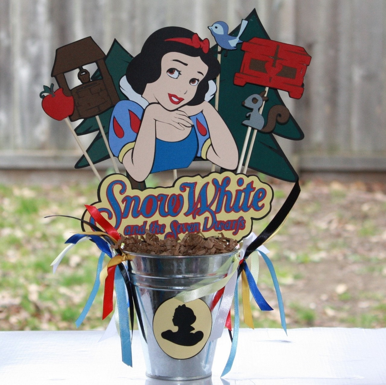 Disney s princess snow white party centerpiece