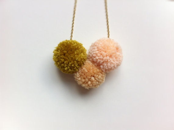 Pom pom necklace