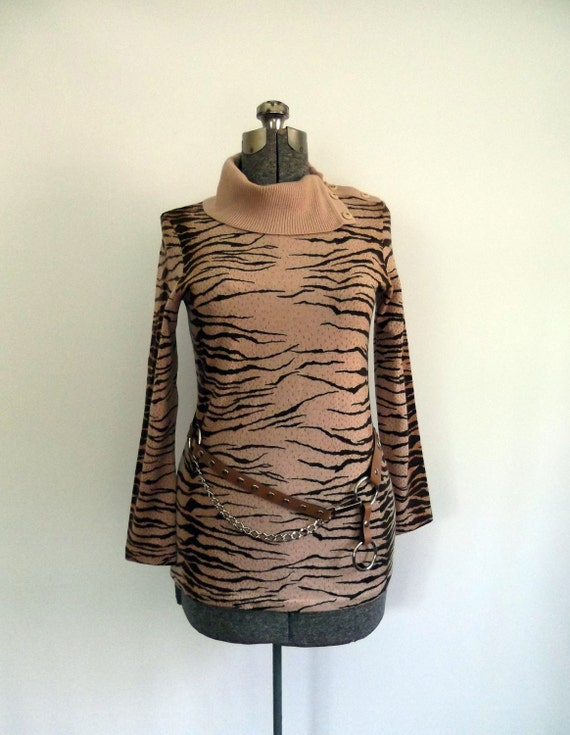 1960s Animal Print Sweater / Mid Century Italian Knit
