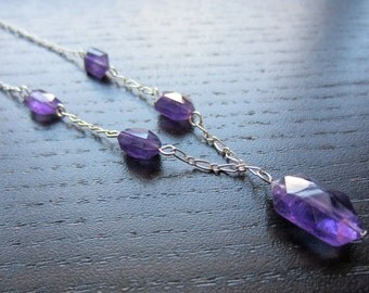 Dainty amethyst and silver necklace