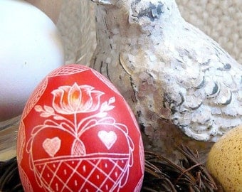 Seen on the Martha Stewart Show - Hand Scratched Egg Unique Carved Present Heart Red - Lithuanian Etched - Stand or Ornament - Easter