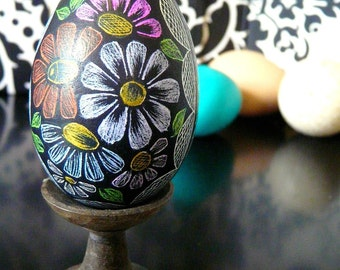 Seen on the Martha Stewart Show - Black Floral Etched Carved Egg - Present Convertible - Hollow - Stand or Oranment