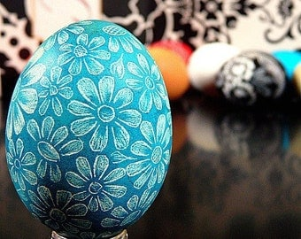 Seen on the Martha Stewart Show Hand Scratched Egg Unique Present Floral Turquoise Lithuanian Etched Carved - Ornament or Stand - Easter
