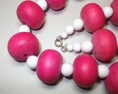 Hot Pink Beaded Vintage Necklace Vintage Jewelry