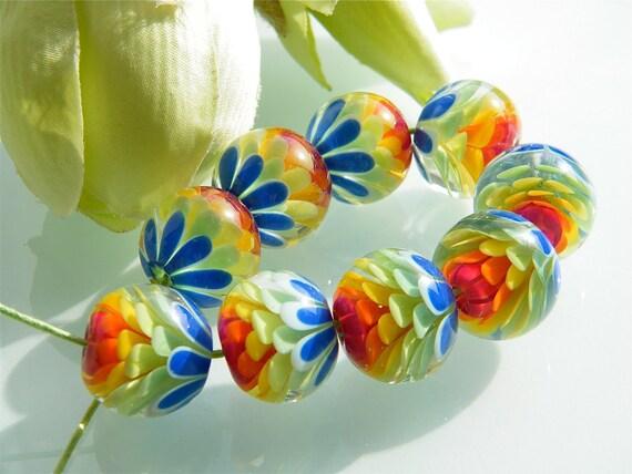 Made to order: Rainbow Chrysanthemum beadset (9) by Caroline Dousi (SRA)