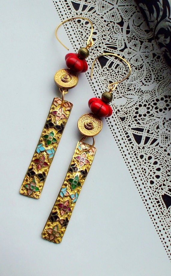 Gold and Red Earrings dangles vintage enamel gemstone The Gold Geisha