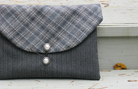 Padded iPad envelope sleeve case pouch in gray Pendleton and Pinstripes - back pocket