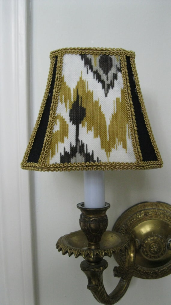 chandelier lamp shade in mustard yellow bell shape shade ikat pattern. Black Bedroom Furniture Sets. Home Design Ideas
