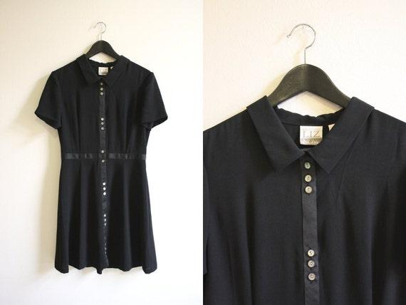Black Dress / 90s Short Sleeve Collared Dress