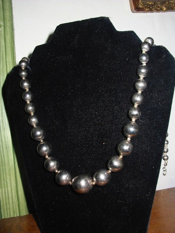 Vintage Dauplaise Jewelry Silver Bead Necklace 24 Inches