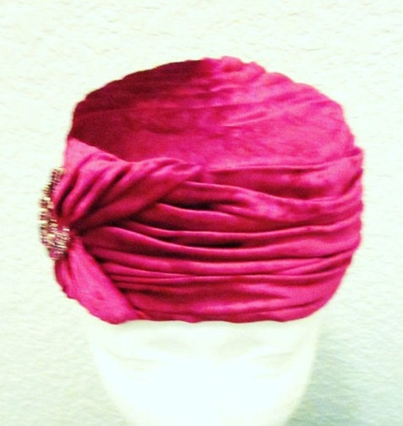Vintage-Joseph Magnin-Crushed Velvet-Red Hat-Hot Pink-Turban