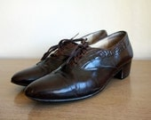 Vintage LEATHER and CROCODILE Pierre Cardin POINTED TOE OXFORDS size 8.5 mens
