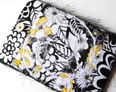 Kindle or Nook Cover - Yellow, Black and White