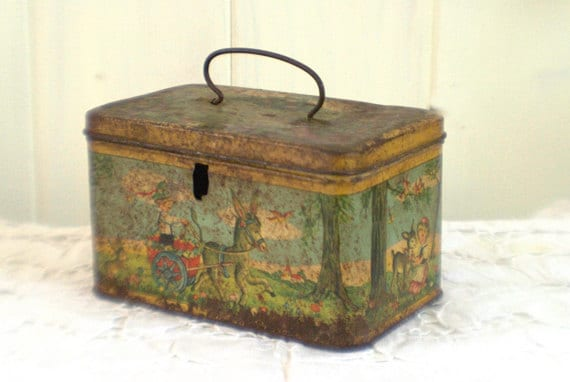 Lunch box Antique