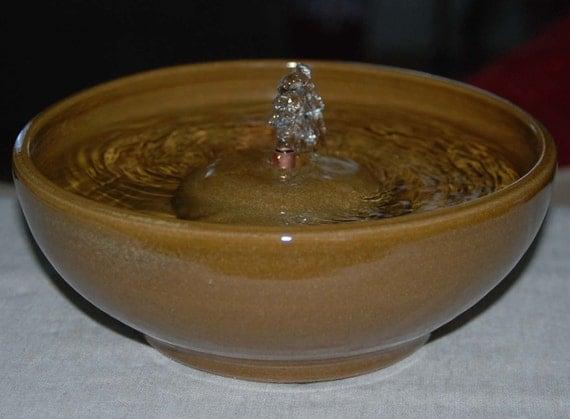 "Handmade, Food-safe, Ceramic Cat Fountain, ""Honey"" - 9 Inch Diameter"