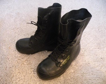 Vintage black waterproof boots US size men 6R or 7 , womens 8 or 9 micky mouse shoes rain rubber all weather warm snow thick