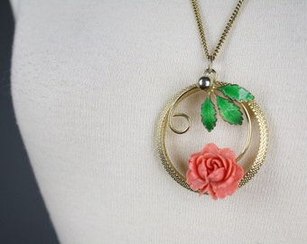 vintage pendant necklace gold rose leaves circle