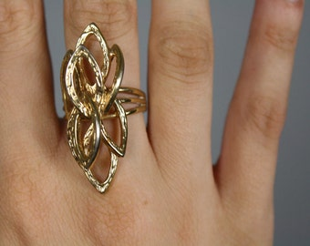 vintage ring costume abstract large oval shaped
