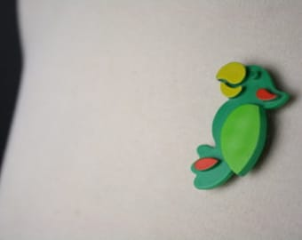 SALE vintage 1970s avon parrot brooch green plastic