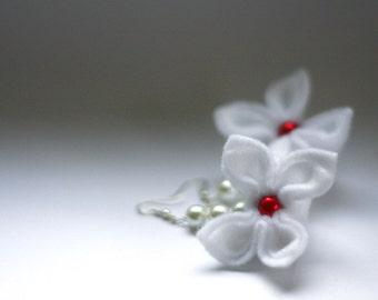 SALE Dreamy Earrings, White Flowers Earrings, Felt Flower Earrings, Christmas gift
