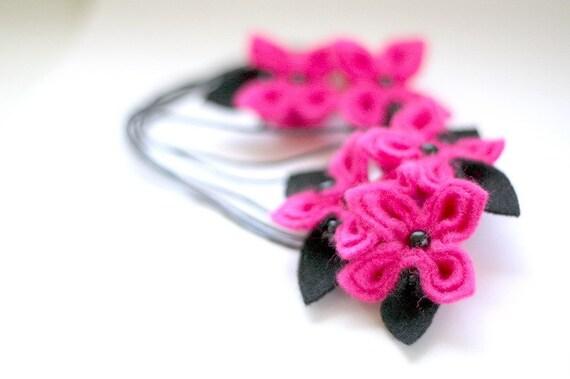 SALE Flamingo, Felt Flower Necklace and Earrings