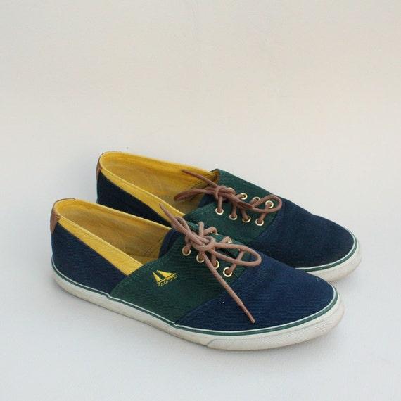 SIZE 7.5 Vintage BASS Lace Up Canvas Boat Shoes