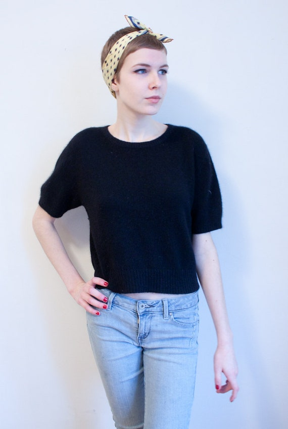 SALE - vintage angora sweater / black / cropped / short sleeved / M