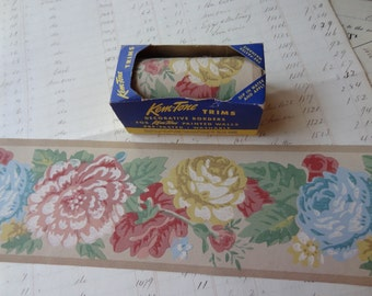 Vintage Wallpaper Border - Pink, Yellow and Blue Roses