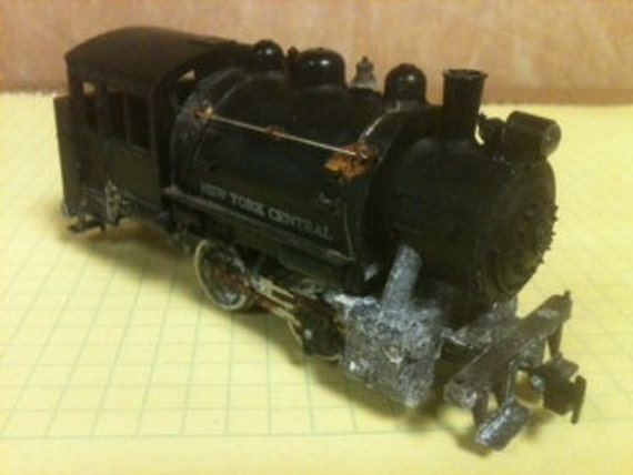 HO scale New York central Railroad Booster 0-4-0 Locomotive 1970's vintage freight train Hobby railroad Tyco USA model trains