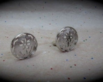 Vintage Sarah Coventry Silver Tone Flower Earrings.