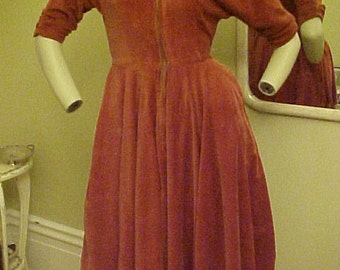 BEAUTIFUL RUST VINTAGE 1950 CORDUROY DRESS