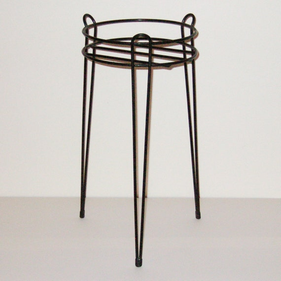 Mid-Century Hairpin Leg Wire Plant Stand . 21 inch high . FREE US SHIP
