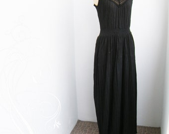 Beautiful Black Crepe Crinkle Long Maxi Dress bust up to 38