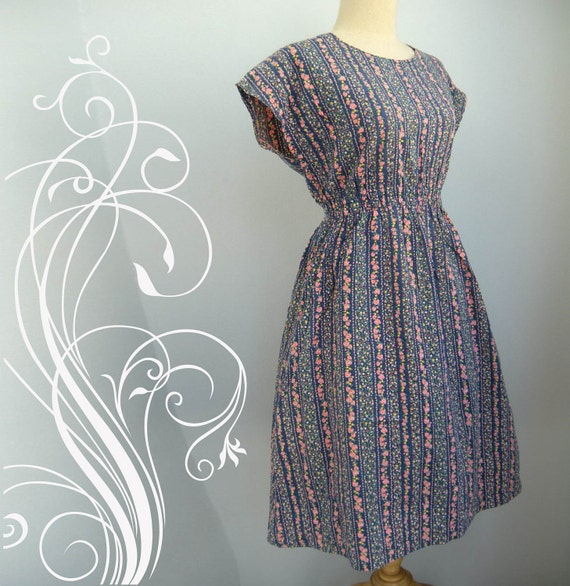Adorable Summer Day Dress size 10 or 12