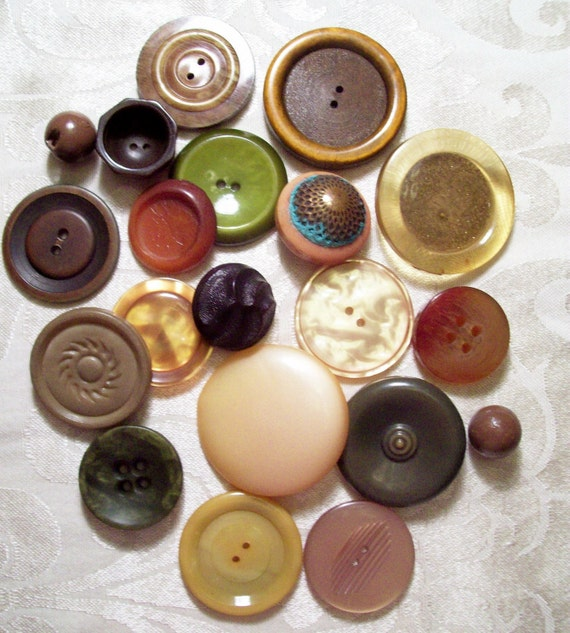 Vintage Buttons - Bakelite, Plastics and Celluloids, Tight Top - 20 in Lot - Jewel tone colors