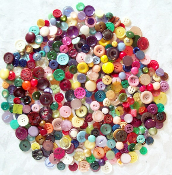 Huge Lot of Vintage Antique Colorful Buttons- 400 in Lot - Great Assortment ( small to medium  size)