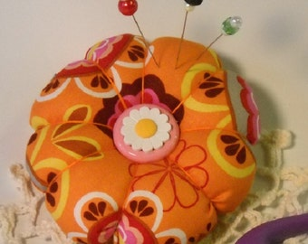 Pincushion Cheerful Mod Orange with Extra Fancy Pins