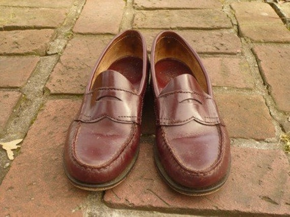 Women's Vintage Cherry Brown Penny Loafers Size 7.5A