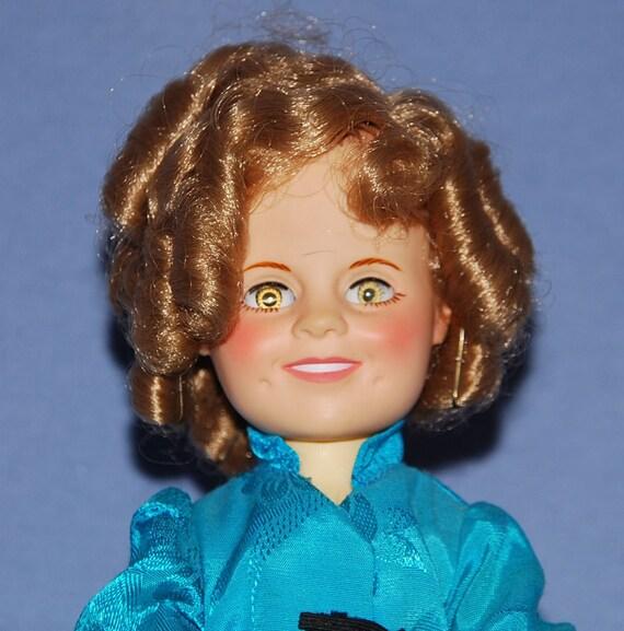 Vinjtage Shirley Temple Doll