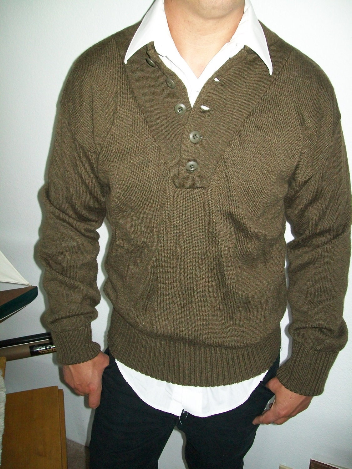 Vintage Mens WWII Military Wool Sweater