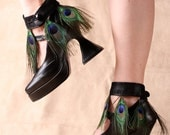 Peacock Eye Feather Ankle Cuff - by ITSAWONDERFULWALL