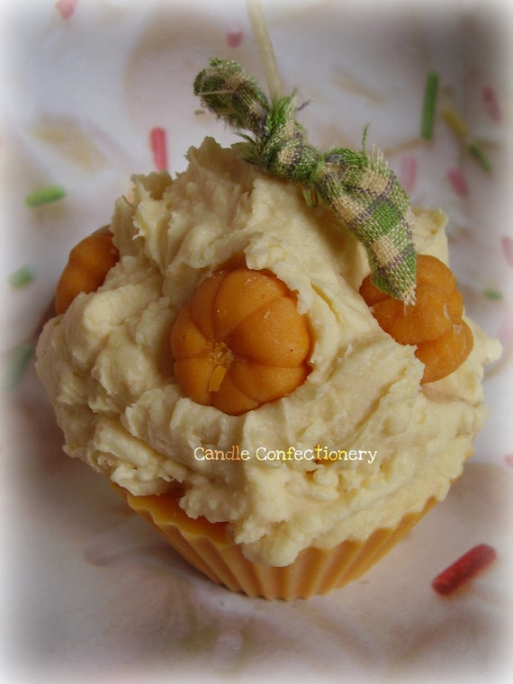 Sweet Cinnamon Pumpkin Cupcake Candle