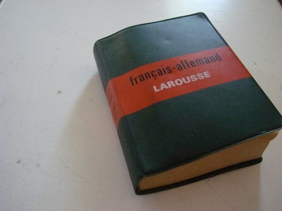 Petite French/German  Dictionary